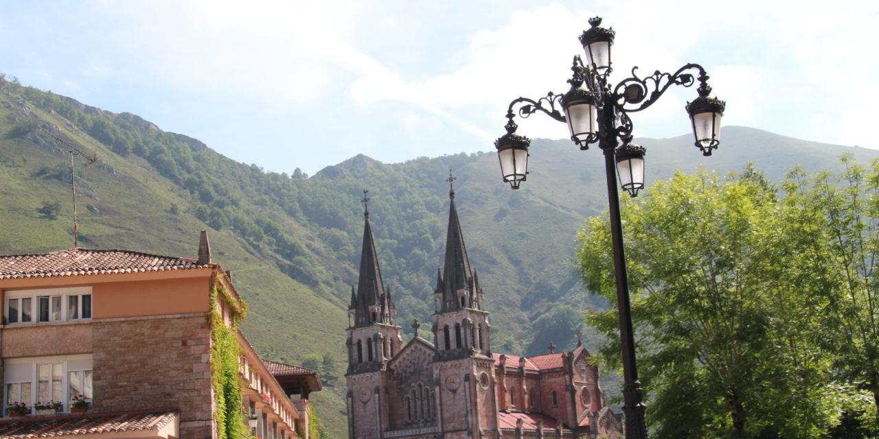 Presentación de la propuesta conjunta de actividades del Centenario Covadonga 2018